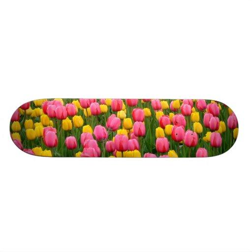 Tulips 1 Skateboard