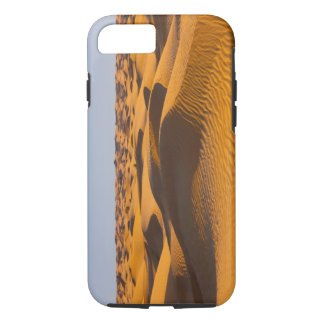 Tunisia, Ksour Area, Ksar Ghilane, Grand Erg 4 iPhone 8/7 Case