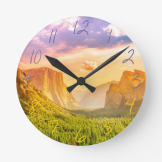 Tunnel View of Yosemite National Park Clock