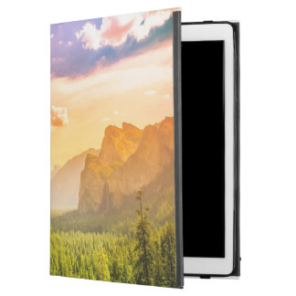 """Tunnel View of Yosemite National Park iPad Pro 12.9"""" Case"""