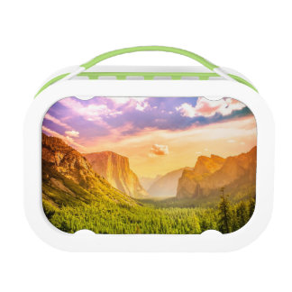 Tunnel View of Yosemite National Park Lunch Box