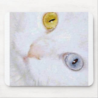 Turkish Angora- 2 different eye colors Mouse Mat