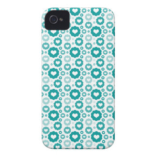 Turquoise Circle Hearts Case-Mate iPhone 4 Case