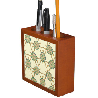 Turtle pattern desk organiser