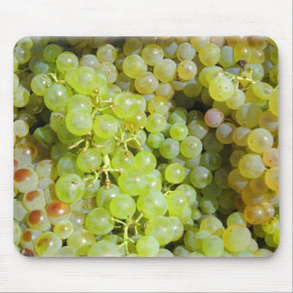 Tuscan white grapes mouse pad
