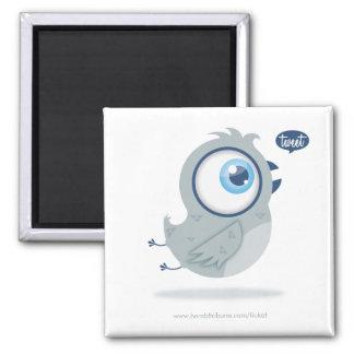 Tweeting bird square magnet