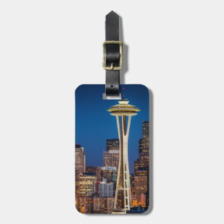 Twilight Blankets The Space Needle And Downtown Luggage Tag