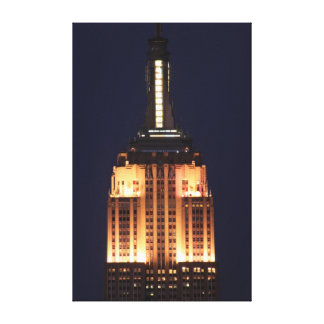 Twilight: Empire State Building lit up Pink - 01 Stretched Canvas Prints