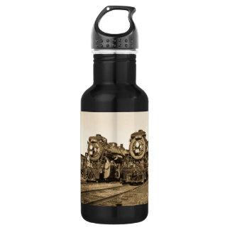 Twin Train Engines Vintage Locomotives Railroad 532 Ml Water Bottle