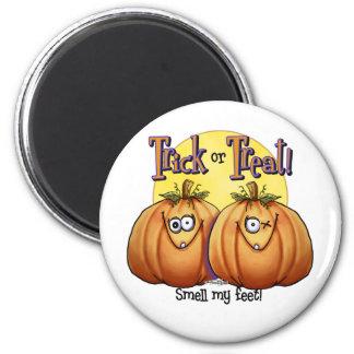 Twin Trick or Treat Pumpkin magnet
