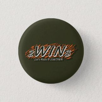 twins green 3 cm round badge