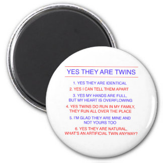 Twins Questions Identical 6 Cm Round Magnet