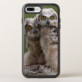 Two Baby Great Horned Owls Perching On A Branch OtterBox Symmetry iPhone 8 Plus/7 Plus Case