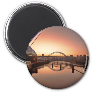Two Bridges 6 Cm Round Magnet