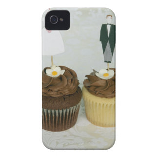 Two cupcakes with toy bride and groom on them Case-Mate iPhone 4 cases