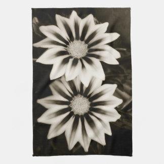 Two Gazanias Black And White Hand Towel