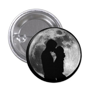 Two lovers 3 cm round badge