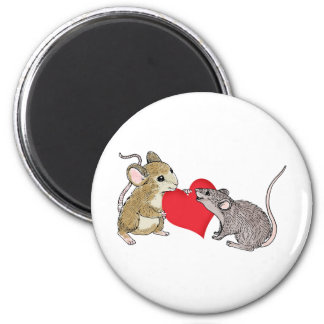 Two Mice in Love 6 Cm Round Magnet