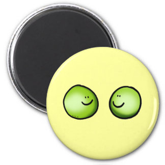 Two peas 6 cm round magnet