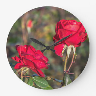 Two red roses wall clock