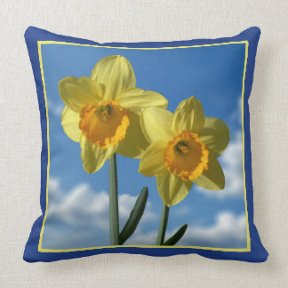 Two yellow Daffodils 2.2 Cushion