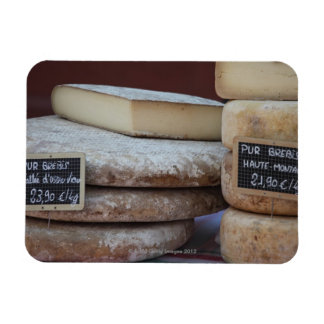 typical cheeses of pyrenees magnet