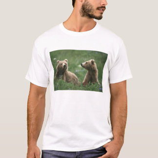 U.S.A., Alaska, Kodiak Two sub-adult brown bears T-Shirt