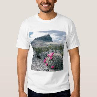U.S.A., Texas, Big Bend National Park. Blooming Tshirt