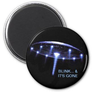 UFO Magnet, Up, Up & Away 6 Cm Round Magnet