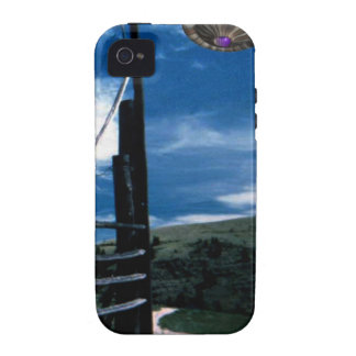UFO on the horizon Vibe iPhone 4 Cover