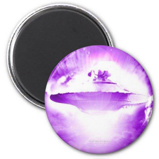 UFO Purple Arrival Magnet