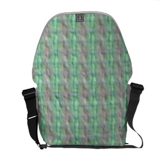 Ugly pointless pattern messenger bag