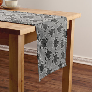Uhane Honu Hibiscus Batik Hawaiian Turtle Short Table Runner