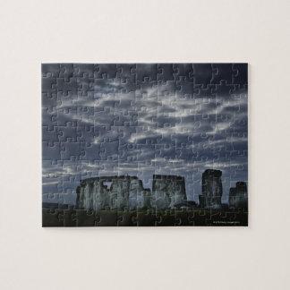 UK, Stonehenge, Scenic view at dawn Puzzle