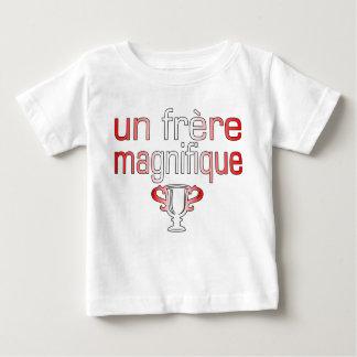 Un Frère Magnifique Canada Flag Colors Baby T-Shirt
