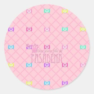 Une jeune fille de PASADENA Round Sticker