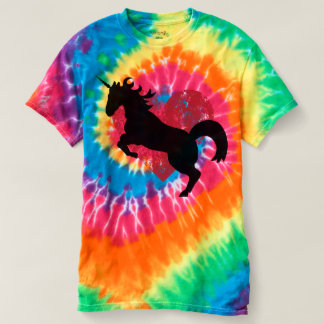Unicorn love and tie dye coolness. T-Shirt