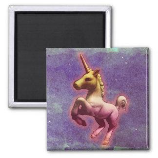 Unicorn Magnet - Round or Square (Purple Mist)