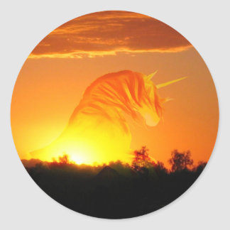 Unicorn rising round sticker