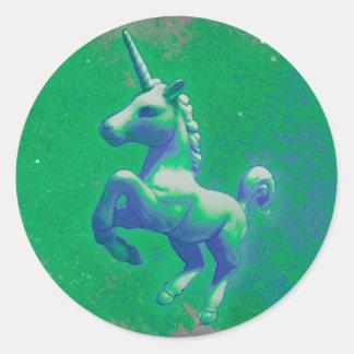 Unicorn Sticker Round (Glowing Emerald)