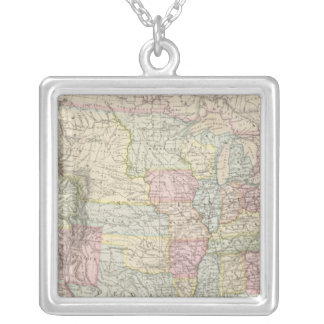 United States of America 8 Silver Plated Necklace