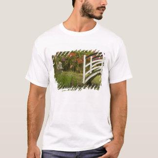 United States; South Carolina; Charleston; 2 T-Shirt