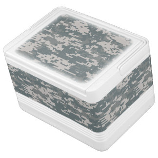 Universal Camouflage Pattern UPC Igloo Can Cooler