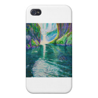 Upper Punchbowl Waterfall, Oregon iPhone 4/4S Covers