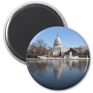 US Capitol building winter  picture 6 Cm Round Magnet