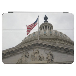 US Capitol Building with American Flag - East iPad Air Cover