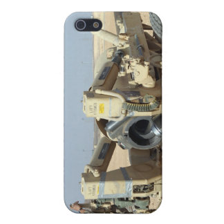 US Marines prepare to fire a howitzer 2 iPhone 5 Cover