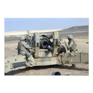 US Marines prepare to fire a howitzer Art Photo