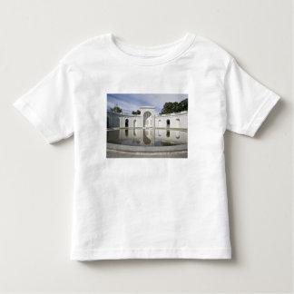US, VA, Arlington. Women in Military Service for Toddler T-Shirt