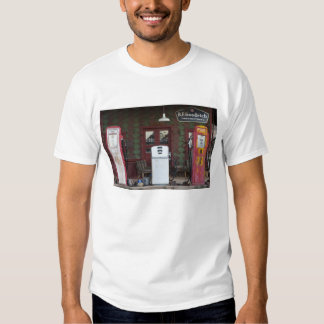USA, Arizona. Chloride Ghost Town, old gas T-shirt